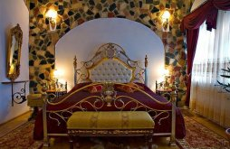 Hotel Székelykő közelében, Castelul Prințul Vânător