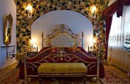 Hotel Tordai Sósfürdő közelében, Castelul Prințul Vânător
