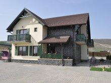 Pachet Moldovenești, Pensiunea Poarta Paradisului