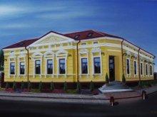 Motel Cruceni, Tichet de vacanță, Ana Maria Magdalena Motel