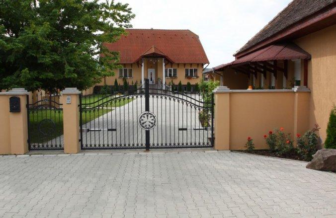 Barna Guesthouse Cristuru Secuiesc