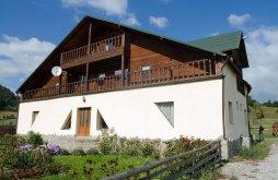 Accommodation Vama Buzăului, La Răscruce Guesthouse
