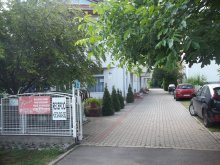 Szállás Kismarja, Pávai Apartmanház