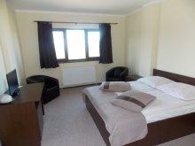Accommodation Delureni, Elisabeta - Country Center Guesthouse
