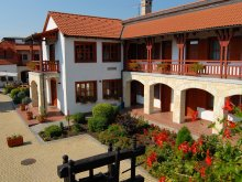 Accommodation Hungary, Magita Hotel