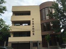 Cazare Stațiunea Zoologică Marină Agigea, Hotel Paradox