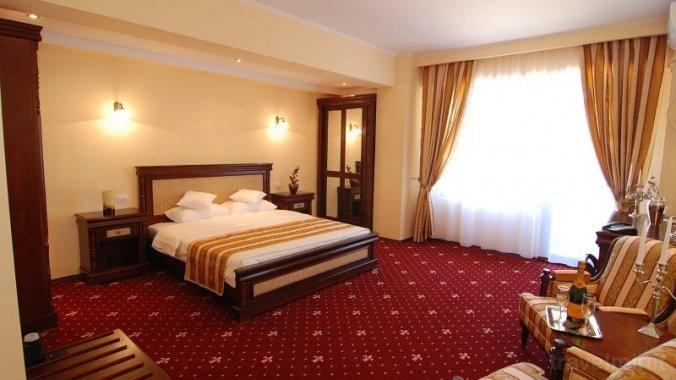 Richmond Hotel Mamaia