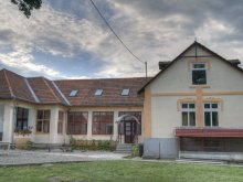 Hosztel Pleșcuța, Ifjúsági Központ