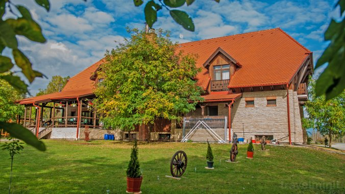 Hóvirág Guesthouse Borzont