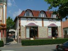 Pachet Révleányvár, Hotel Rákóczi