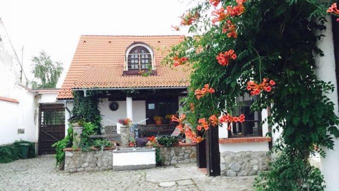 The Country Hotel Szászhermány