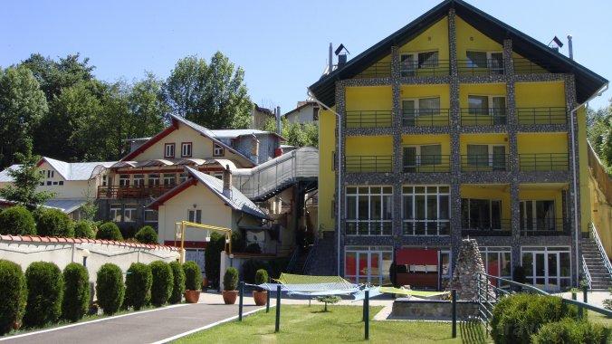 Mona Complex Guesthouse Bușteni