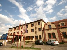 Hotel Cserefalva (Stejeriș), Arena Hotel