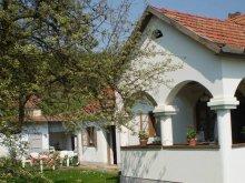 Casă de oaspeți Mátraszele, Casa de oaspeți Napfény