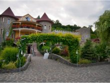 Szállás Hegyközszáldobágy (Săldăbagiu de Munte), Castle Inn Panzió
