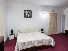Accommodation Nufăru, Live Guesthouse