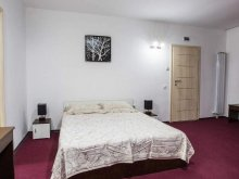 Accommodation Salcia, Live Guesthouse