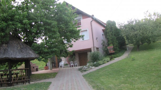 Weinhaus Apartmanok Zalakaros