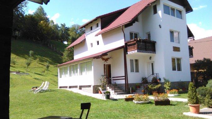 Vlăduț Panzió Kispredeál