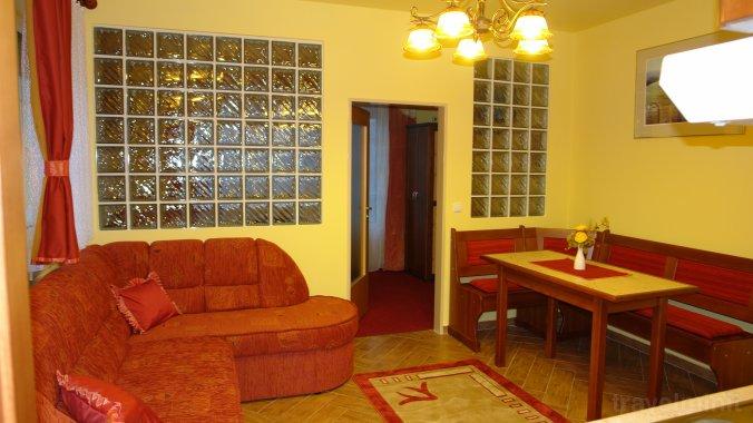 HoldLux Apartments Sárvár