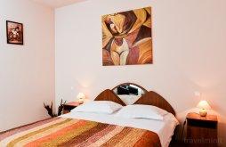 Apartament Delureni, Pensiunea Kenza