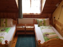 Travelminit bed & breakfast, Vadász Guesthouse