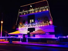 Hotel Păulești, Hotel Crema Deluxe