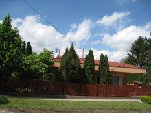 Casă de oaspeți Tiszavalk, Casa de oaspeti Bokreta