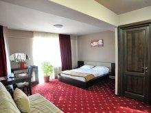 Accommodation Izvoru Berheciului, Tichet de vacanță, Novis B&B