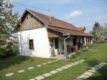 Casă de oaspeți județul Jász-Nagykun-Szolnok, Casa de oaspeți Szivesház
