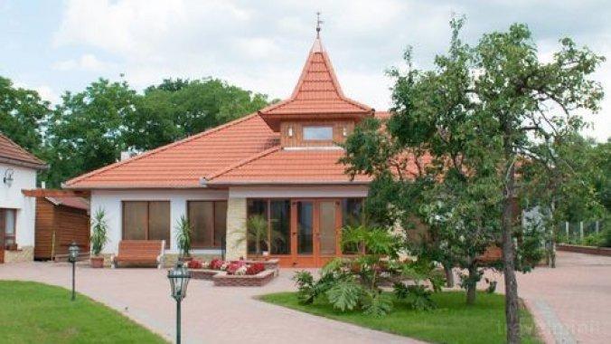 Bornemissza Kúria Wellness Apartment Tiszabecs