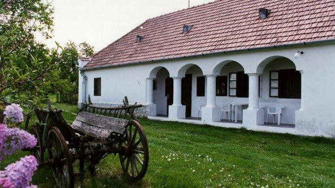 Gádoros Guesthouse Ganna