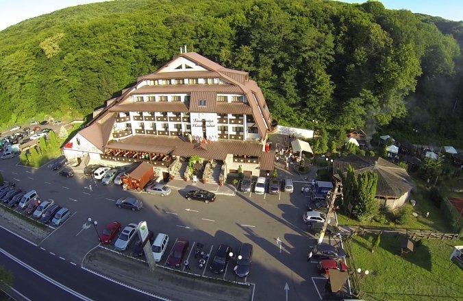 Fântânița Haiducului Hotel Fenyőfalva