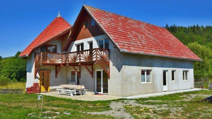 Casa Sánduly Izvoare