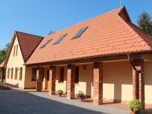 Accommodation Vizsoly, Mézes Guesthouse