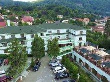 Cazare Șerboeni, Hotel Suprem