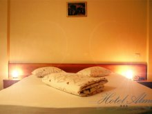 Accommodation Broșteni (Produlești), Hotel Alma