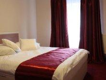 Accommodation Cut, Prestige Hotel