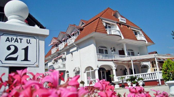 Tokajer Wellness Guesthouse Keszthely