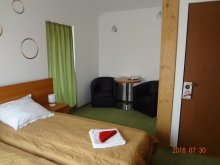 Accommodation Bărcuț, Tichet de vacanță, Elena și Maria B&B